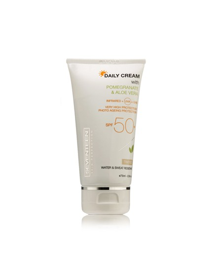 Seventeen Daily Cream Tinted SPF50+ 50ml